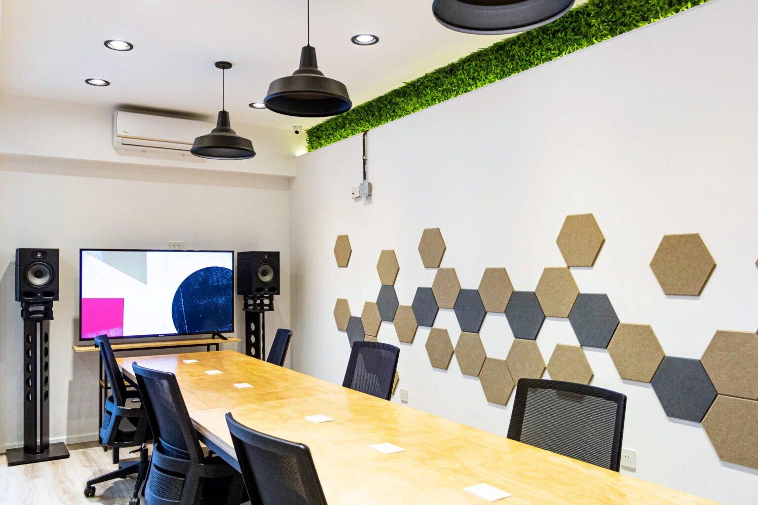 Oficina y Sala de reunion privada