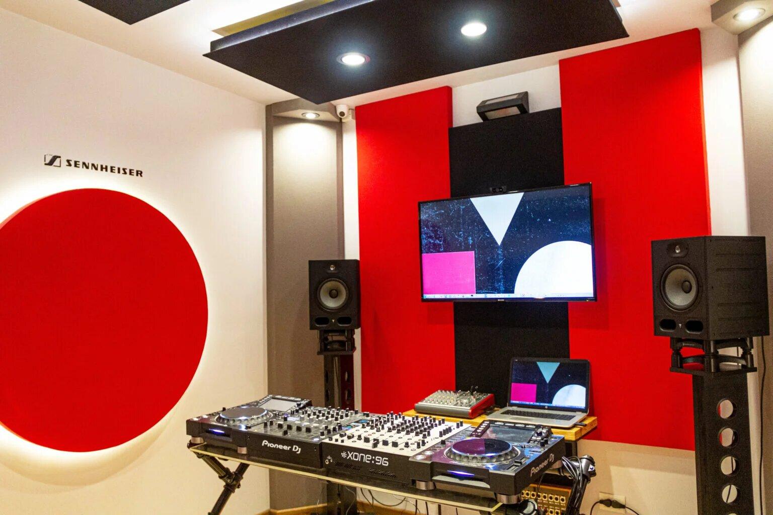 Salas de práctica para DJs